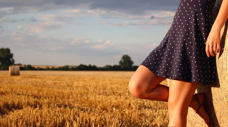 Top Tips for Choosing a Flattering Dress
